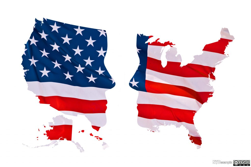 The united states split in left and right halves
